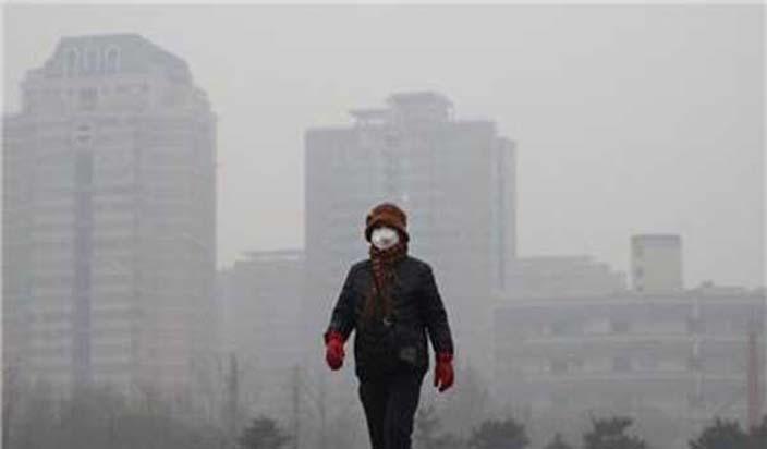 चीनमा प्रदुषित तुवाँलोले समस्या, पहेंलो चेतावनी।