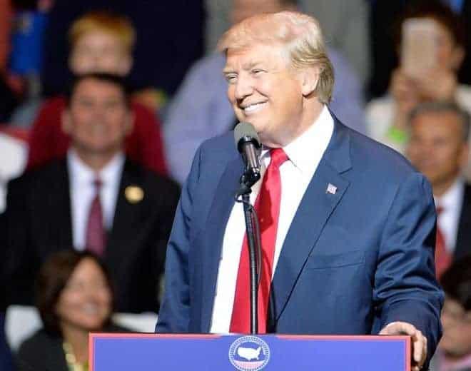 इलेक्टोरल कलेज  द्वारा डोनाल्ड ट्रम्पलाई अमेरिकी राष्ट्रपति प्रमाणित