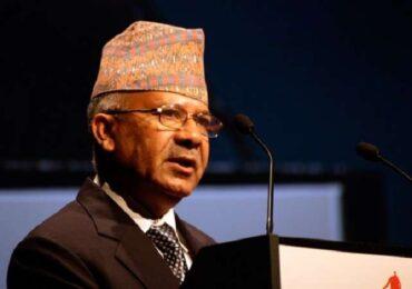 एमाले वरिष्ठ नेता नेपाललार्इ पर्साबाट स्थानीयले लखेटे