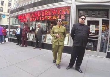 ट्रम्पलाई भेट्न भन्दै अमेरिकाको सडकमा देखिए कोरियाली नेता किम जोङ(भिडियो सहित)