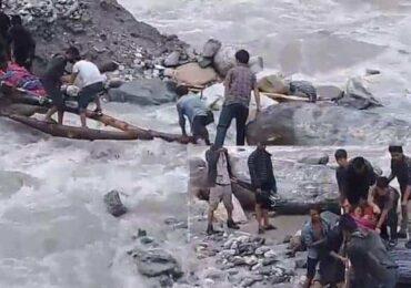 बझाङको साइपालबासीको पीडा:कठोर मान्छेको अाँखाबाट पनि अाँशु झार्छ (भिडियो)