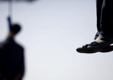 नेपालमा फेसबुकले बढायो आत्महत्या , दैनिक १५ को मृत्यु