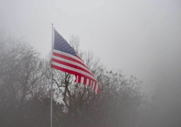 अमेरिकामा कोरोनाबाट ज्यान गुमाउनेको संख्या १ लाख ५० हजार नाघ्यो, दैनिक हजारको मृत्यु
